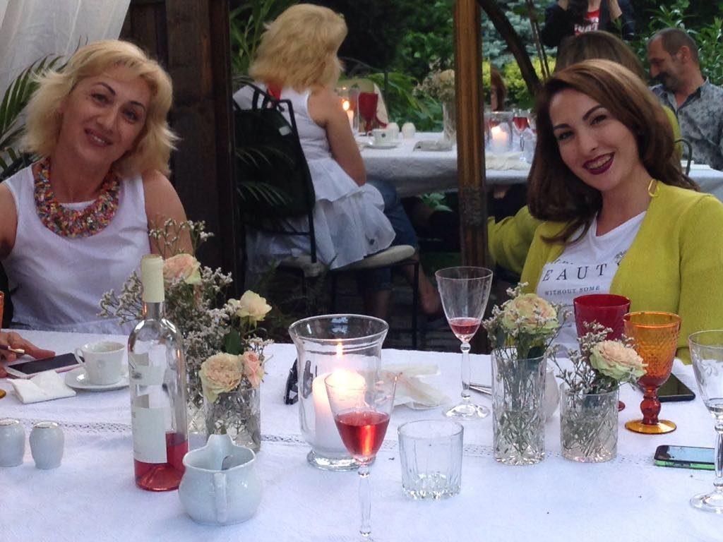 """Articol """"Floristii din jurul tau"""" pe blogul AADF.ro"""